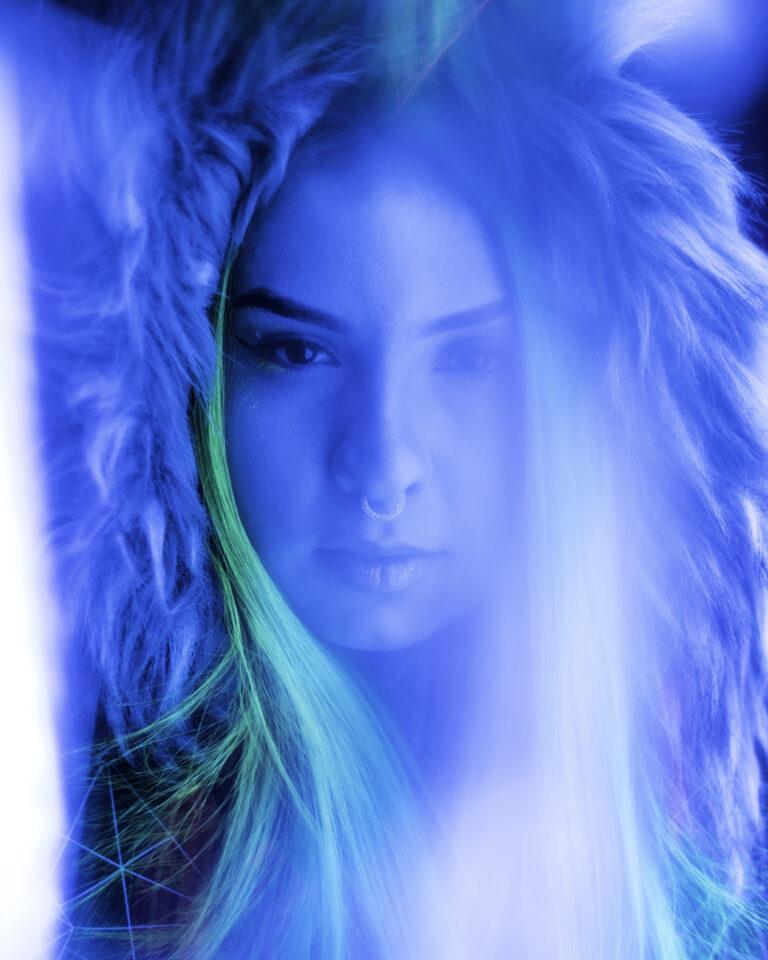 Neon Portrait Photography Tips Tricks Run N Gun 4