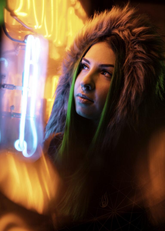 Neon Portrait Photography Tips Tricks Run N Gun 7